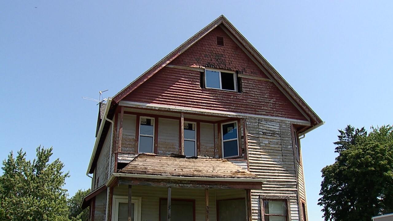 3516 broadview road 3.jpg