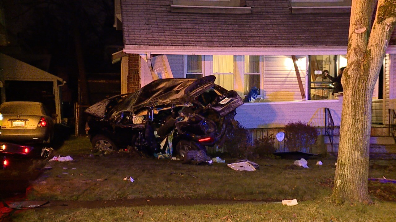 Akron car into house 1.jpg