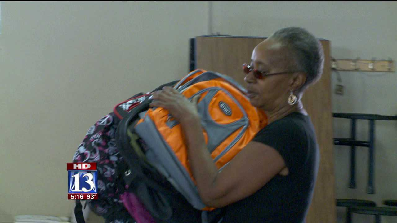 1000s of Utah students get donated backpacks with supplies