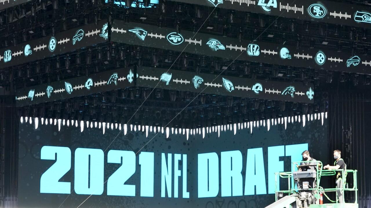 Draft Scene Football