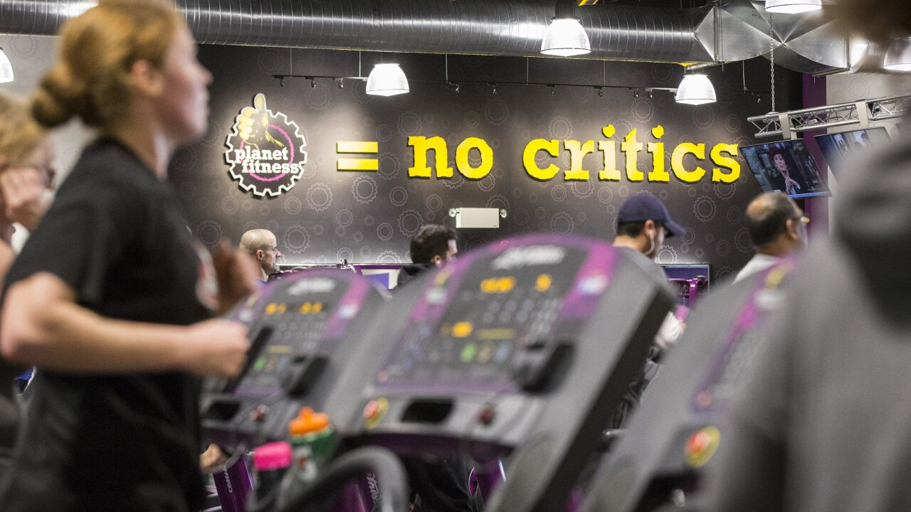 Planet Fitness is moving into old Toys 'R' Us and Sears stores
