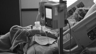 ICU HOSPITAL BED INTENSIVE CARE