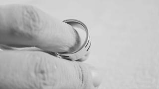 divorce-generic-rings.PNG