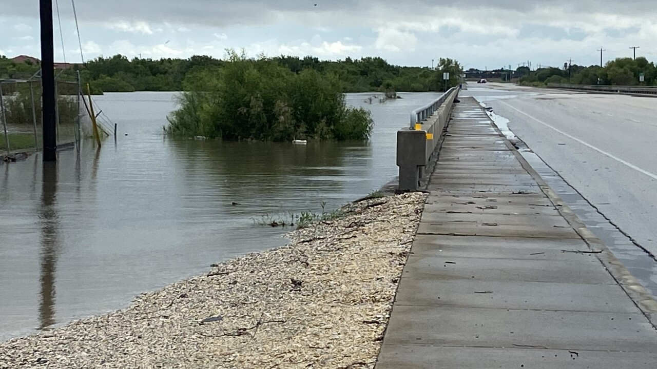 Oso Creek waters keep rising on Friday
