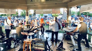 Joy Bonner Band Performs Paso Concerts in the Park .JPG