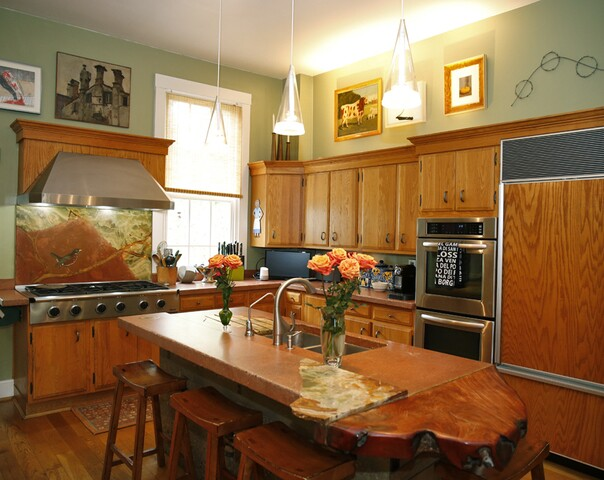 Home Tour: This house overlooking the Ohio River comes with a lot of history -- some of it true