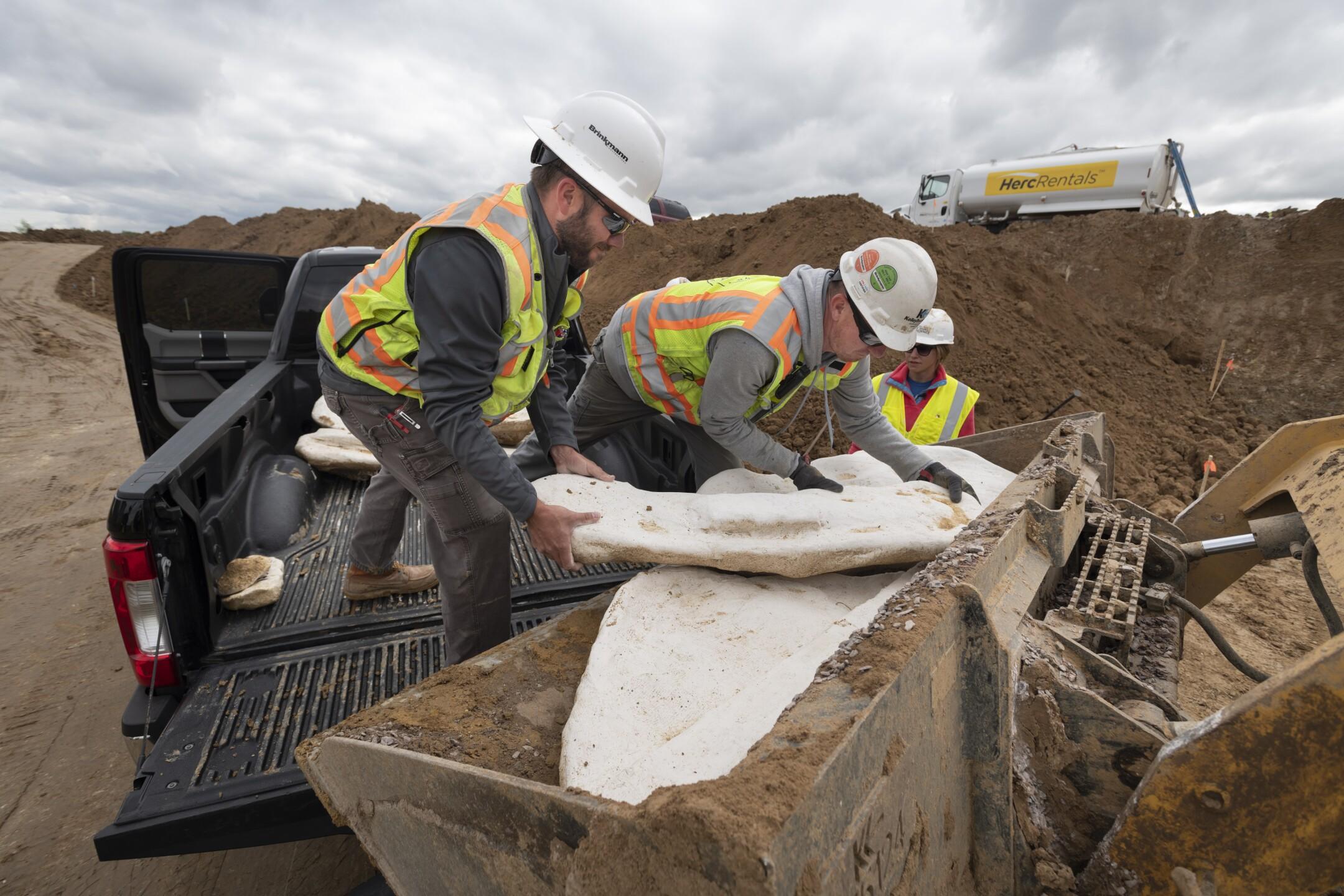 Highlands Ranch dino excavation 3