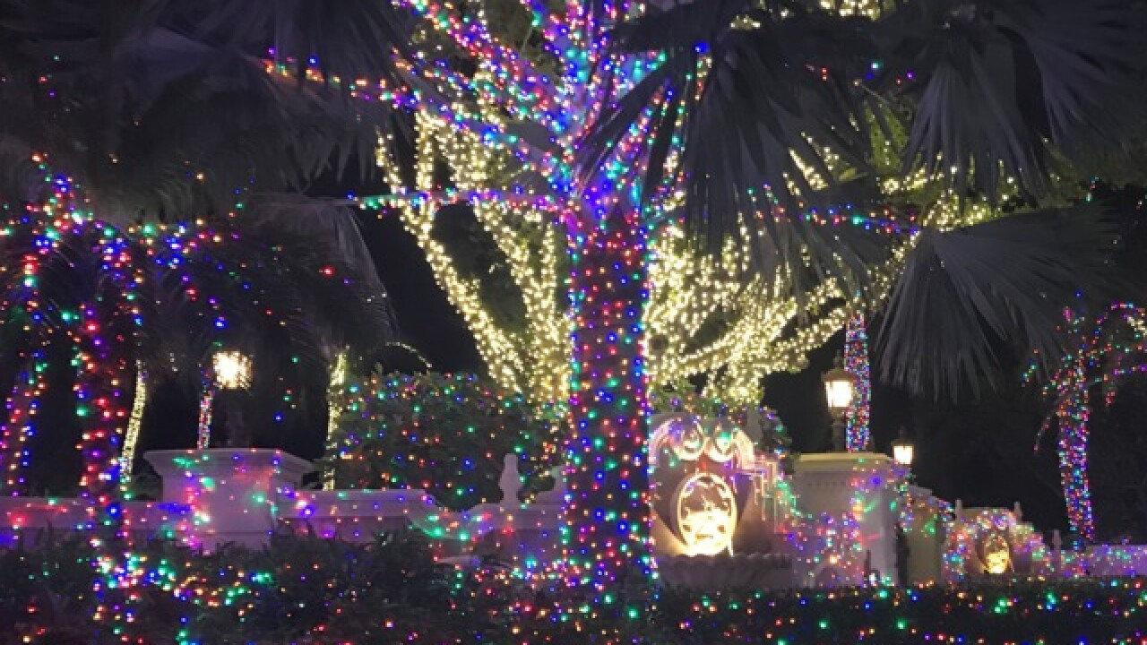 Jensen Beach Mansion Christmas Lights 2020 Jensen Beach mansion decorated with thousands of holiday lights