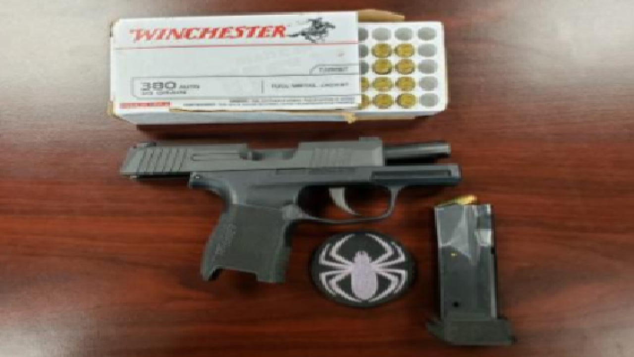 Teen arrested after warrant leads to deputies finding stolen gun.png