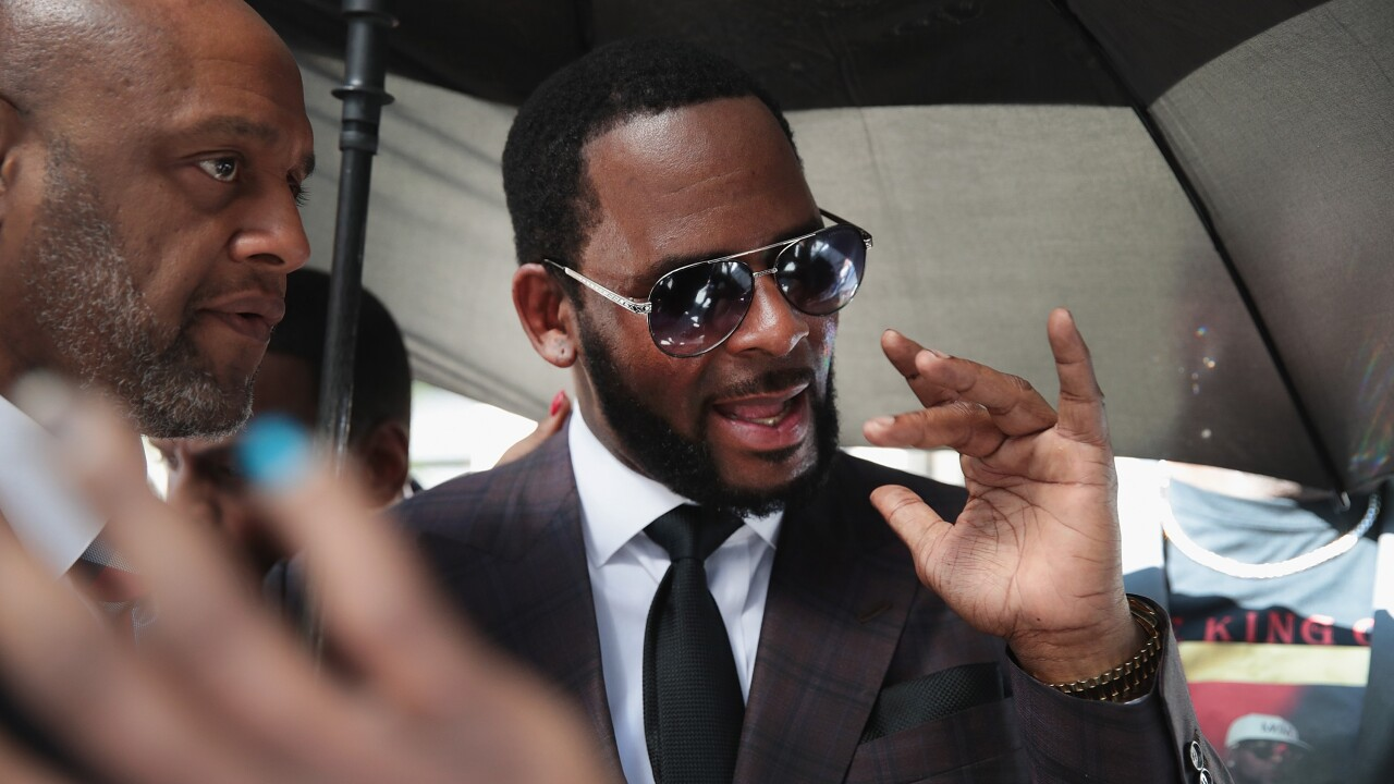 R. Kelly arrested for sex crimes while walking his dog in Chicago