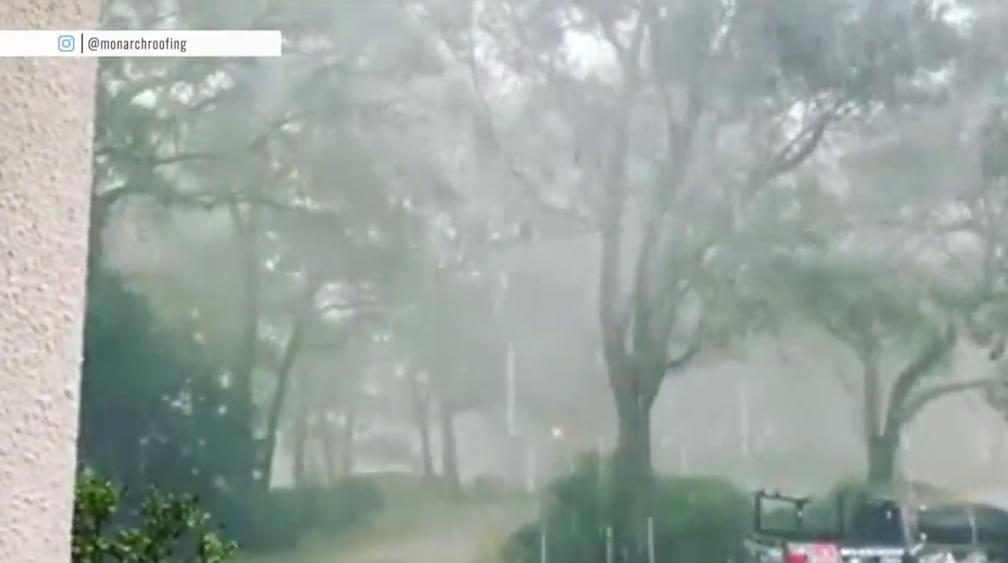 Hurricane Dorian brings flooding, possible tornadoes to the Carolinas