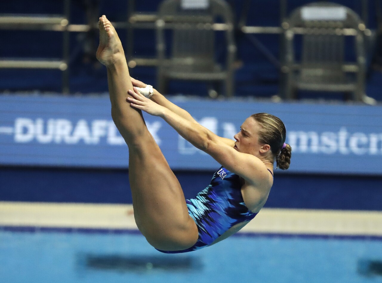 Katrina Young performs at 2019 diving tournament in South Korea