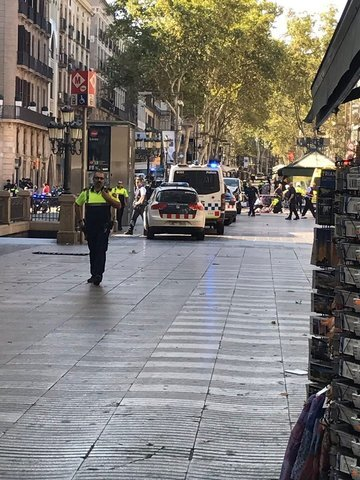 Photos: The aftermath on Las Ramblas after terror strikes Barcelona