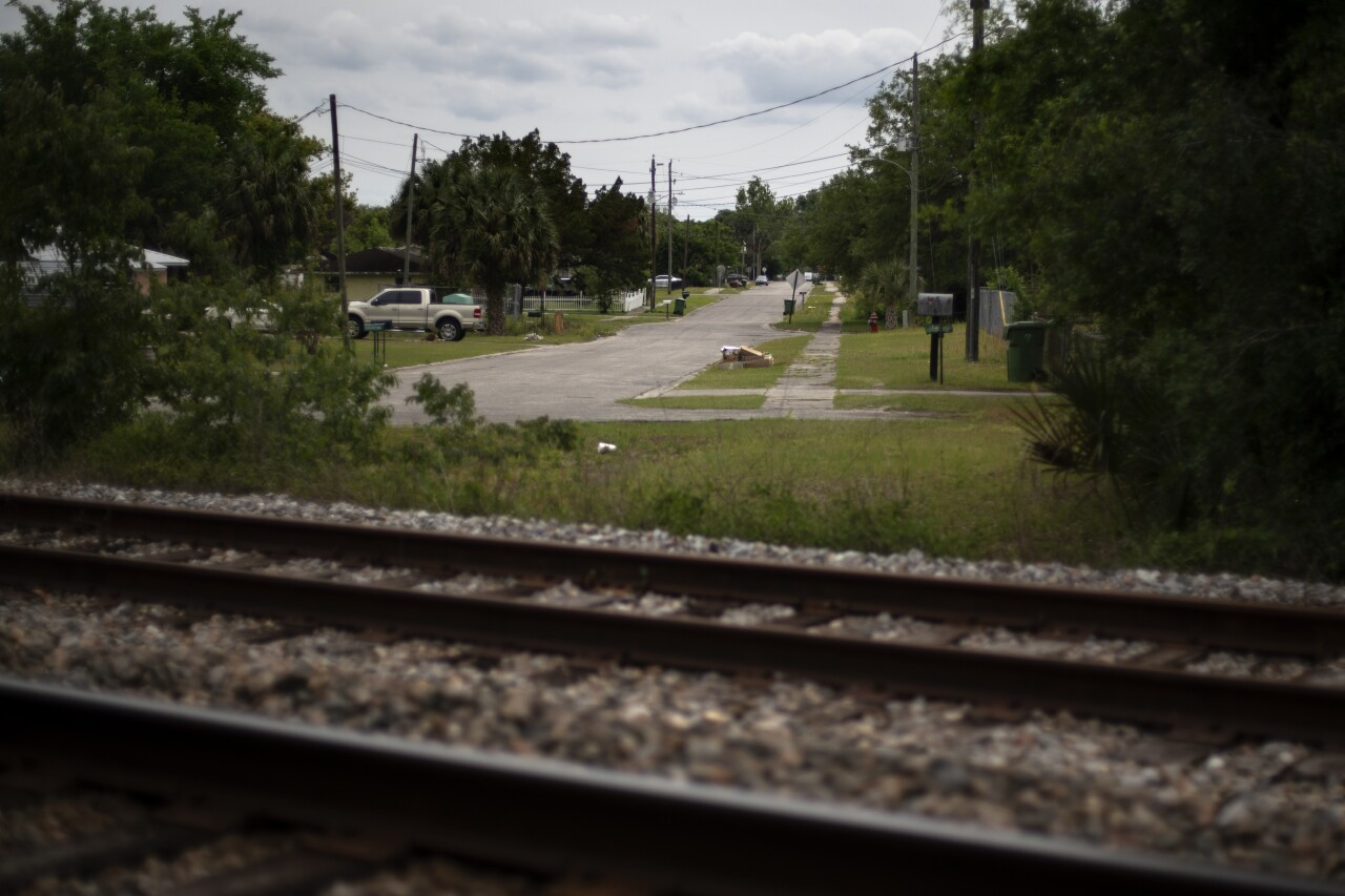 railroad tracks in Palatka where Warren Williams lived in 2015