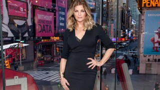 Actress Kirstie Alley says curling is 'boring,' Twitter sweeps her away