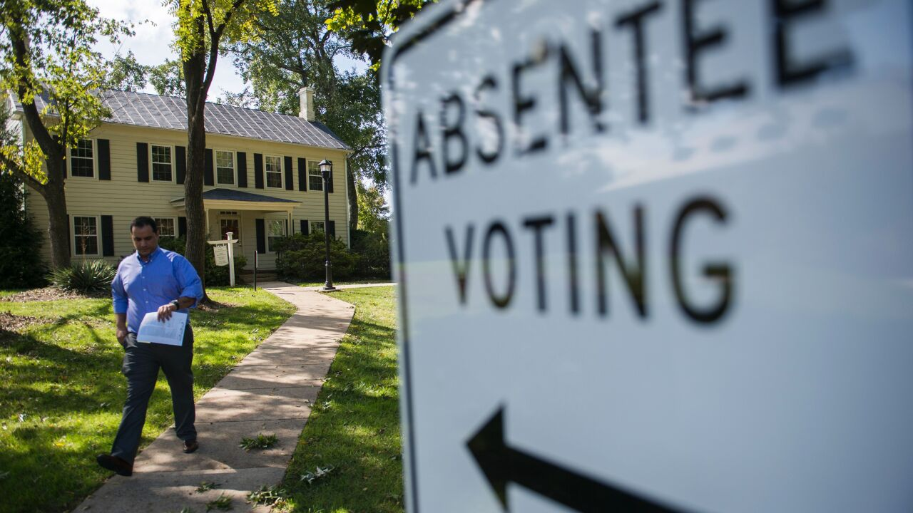 Absentee voting to begin for Democratic presidential primary