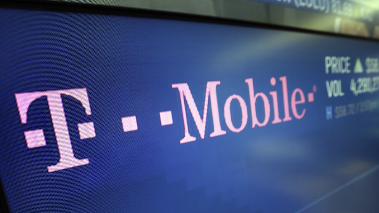FCC calls hours-long T-Mobile service outage 'unacceptable'