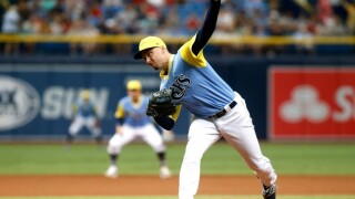 Rays win 8th straight, sweep Red Sox in 9-1 win