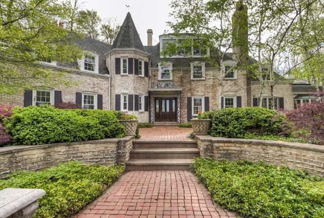 PHOTOS: Glamorous $2.3 million Gates Mills mansion has its own apple orchard