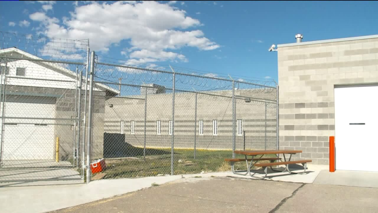 Judge won't dismiss lawsuit over abuse of inmates at Daggett County Jail