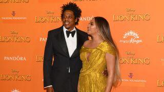 Beyoncé, Jay-Z sat during Super Bowl national anthem, video shows