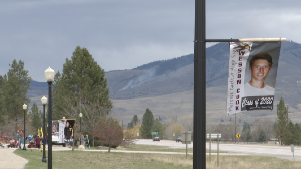 Florence celebrates 2020 seniors through banners lining Highway 93