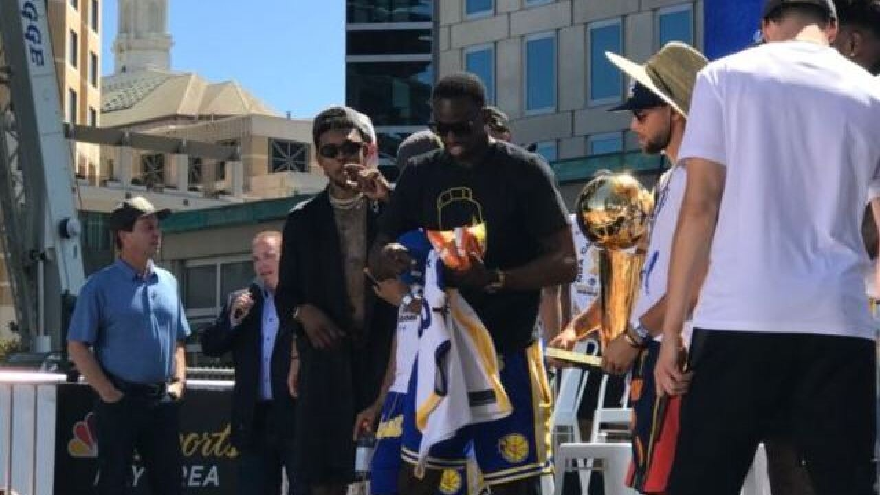 Another parade: Oakland again celebrates NBA champion Warriors