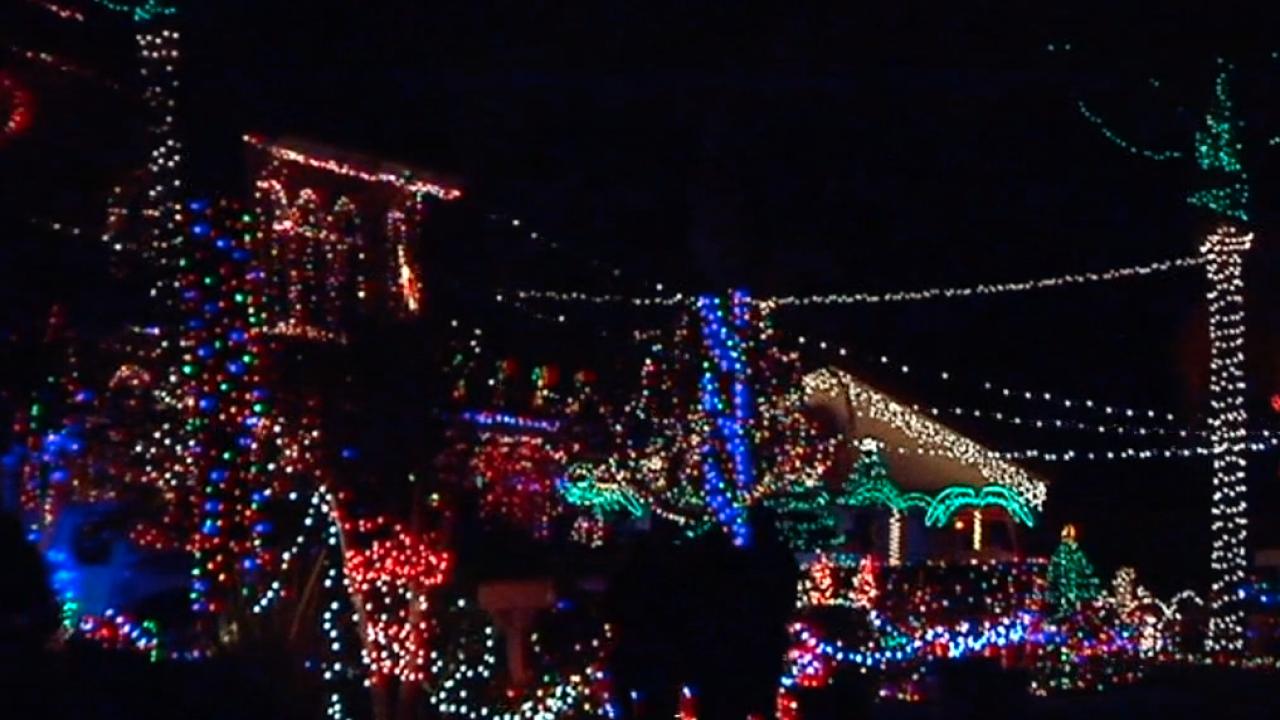 san diego christmas lights_3.png