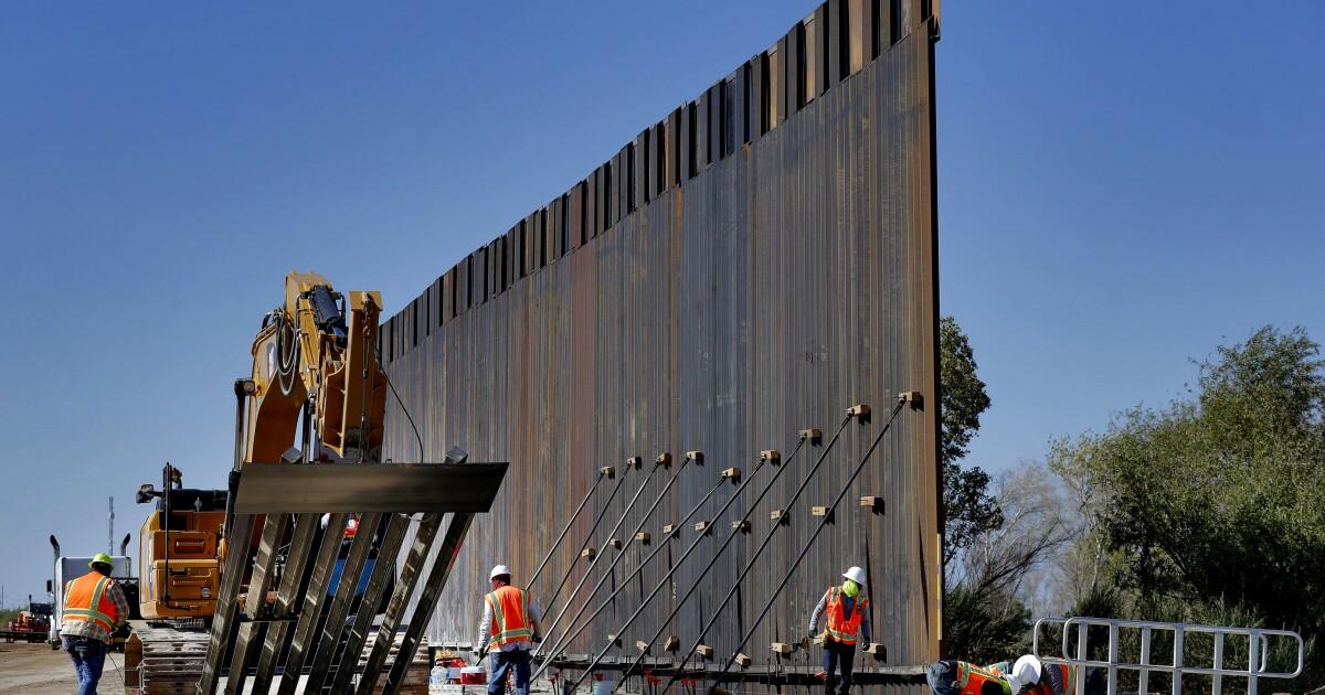 Photos show Pentagon-funded border construction near Yuma - ABC15 Arizona