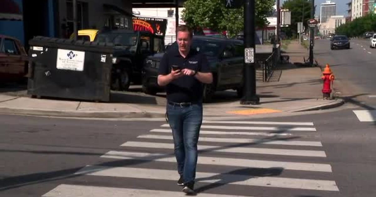 States consider making texting while crossing street illegal