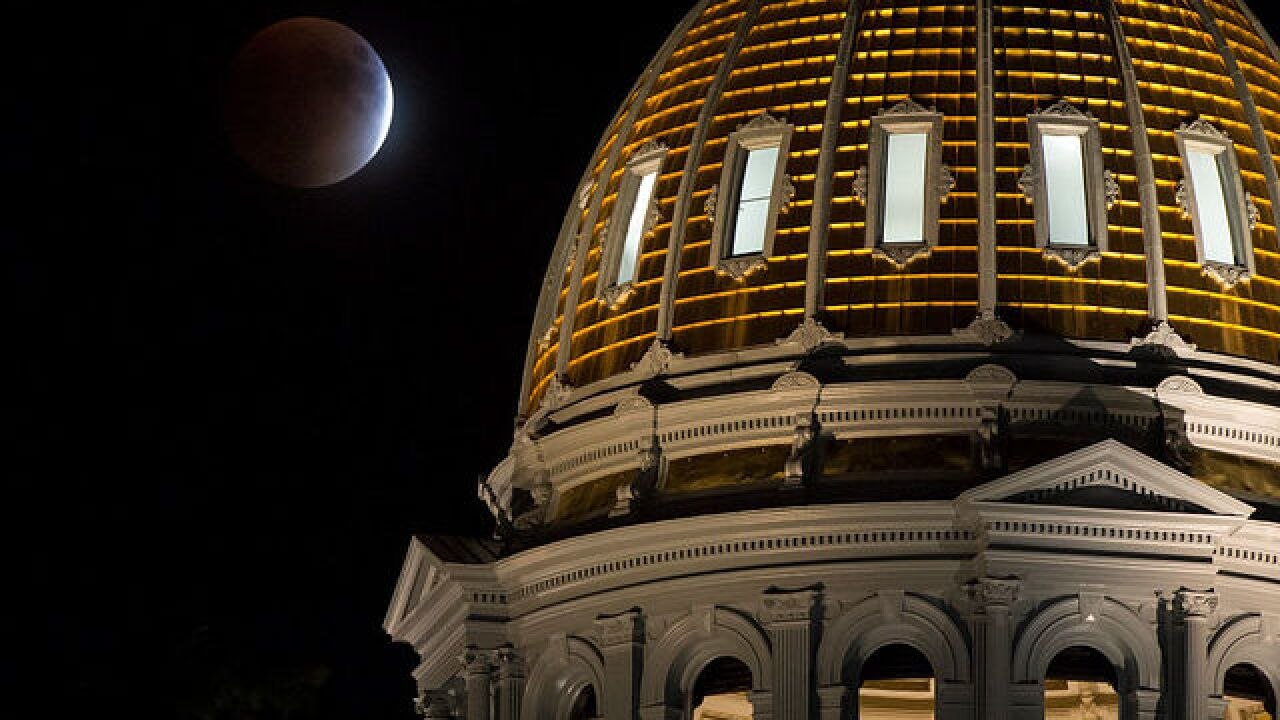Report: Emails warn Colorado capitol workers to avoid press