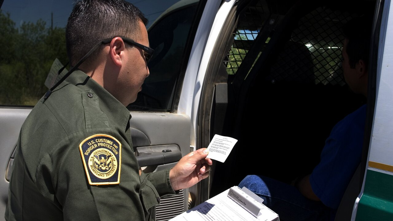 Customs and Border Protection to reduce hours in Montana and Idaho