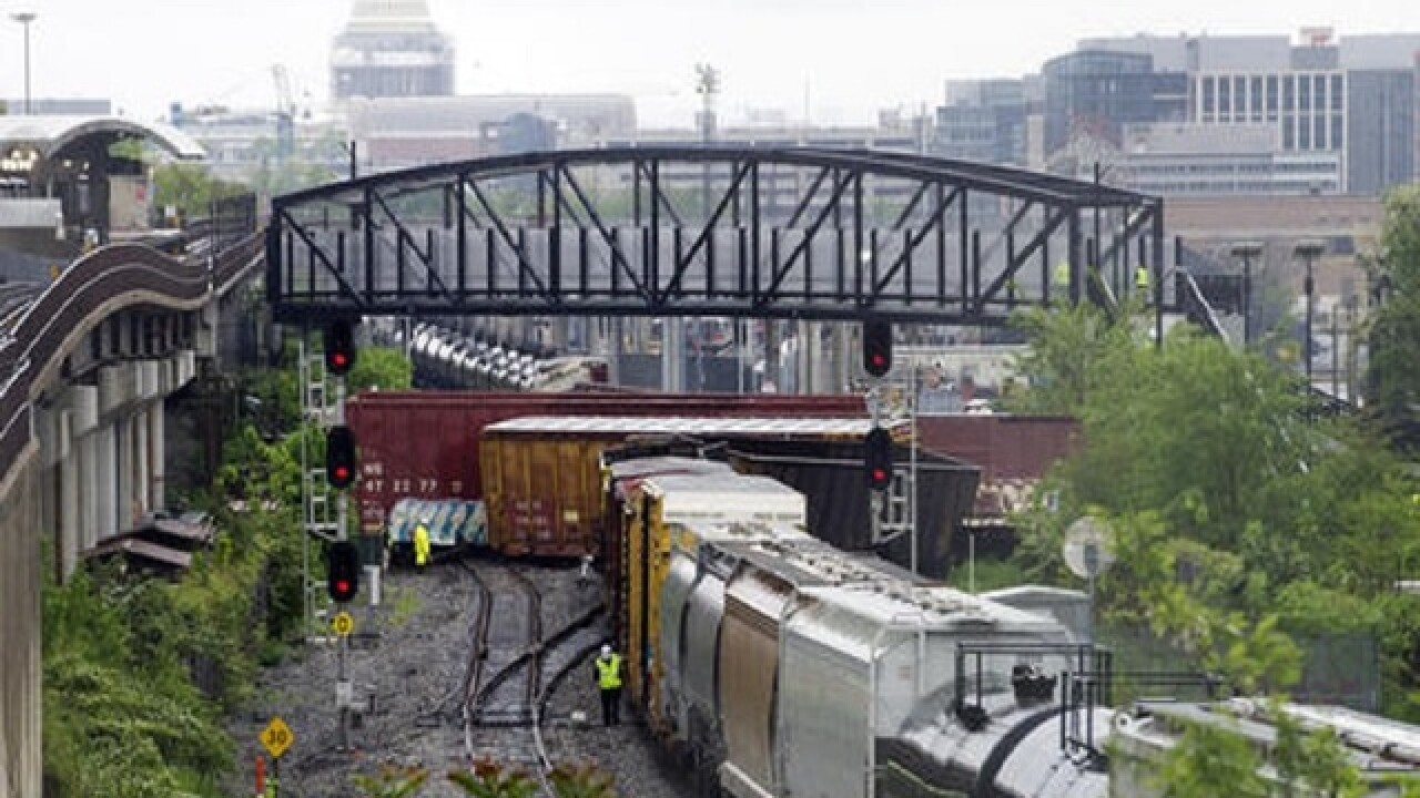 CSX train derails in Washington, DC