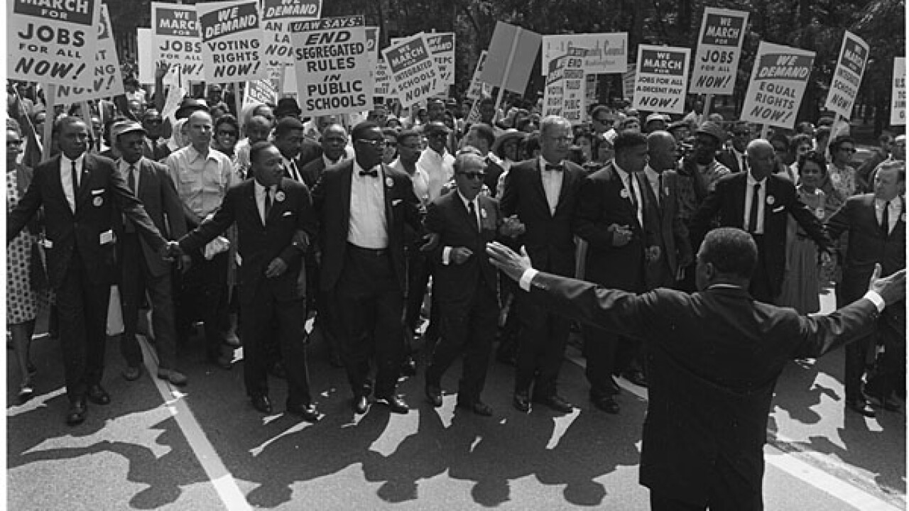 March on Washington: Throngs mark 'I Have a Dream' anniversary