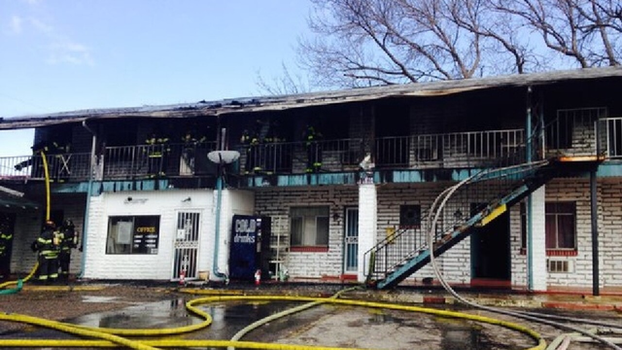 2 hurt in motel fire on West Colfax