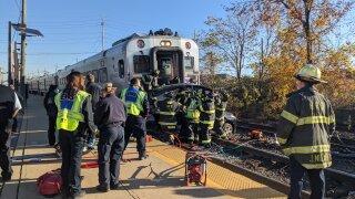 hackensack train hits car