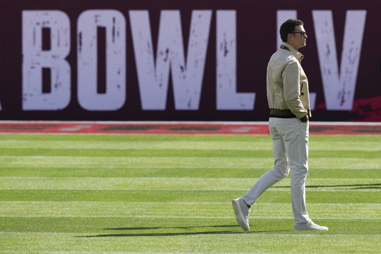super bowl lv-Chiefs-Buccaneers-Super Bowl-Football-ap
