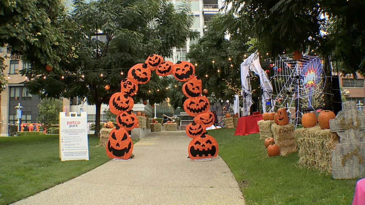petco park halloween trail_1.png