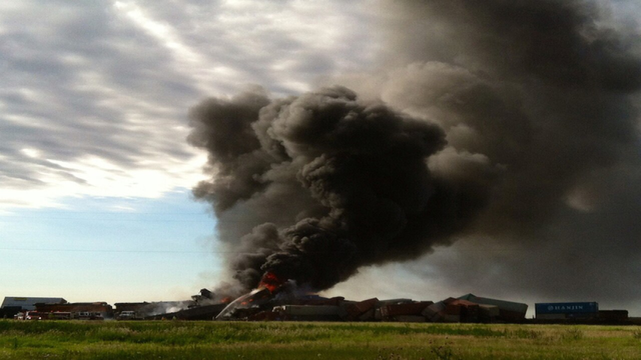 2 trains collide in Texas, cause massive fire