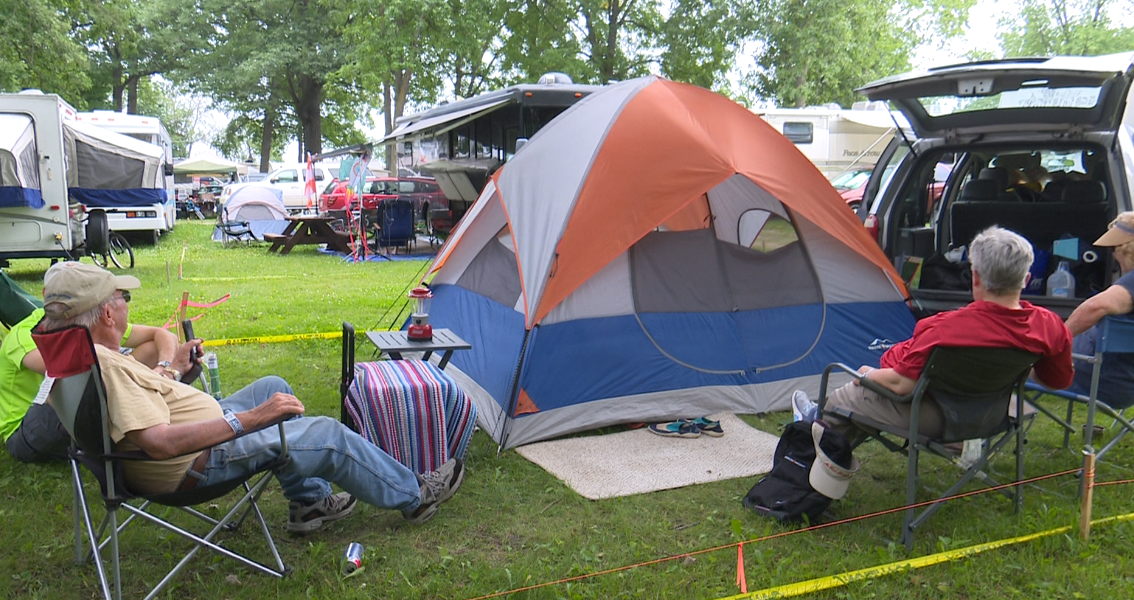 'We'll just ride it out': Campers at EAA Airventure say they're ready to ride out stormsV