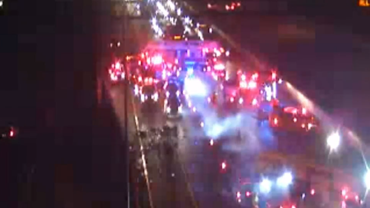 81-year-old man dies in 4-vehicle crash on I-264 in Virginia Beach