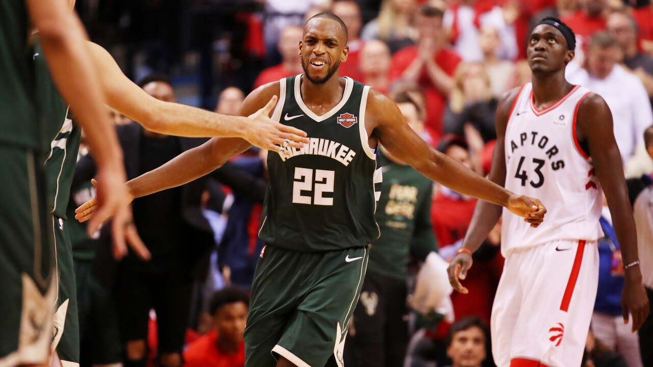 Middleton will sign near-max deal and return to the Bucks