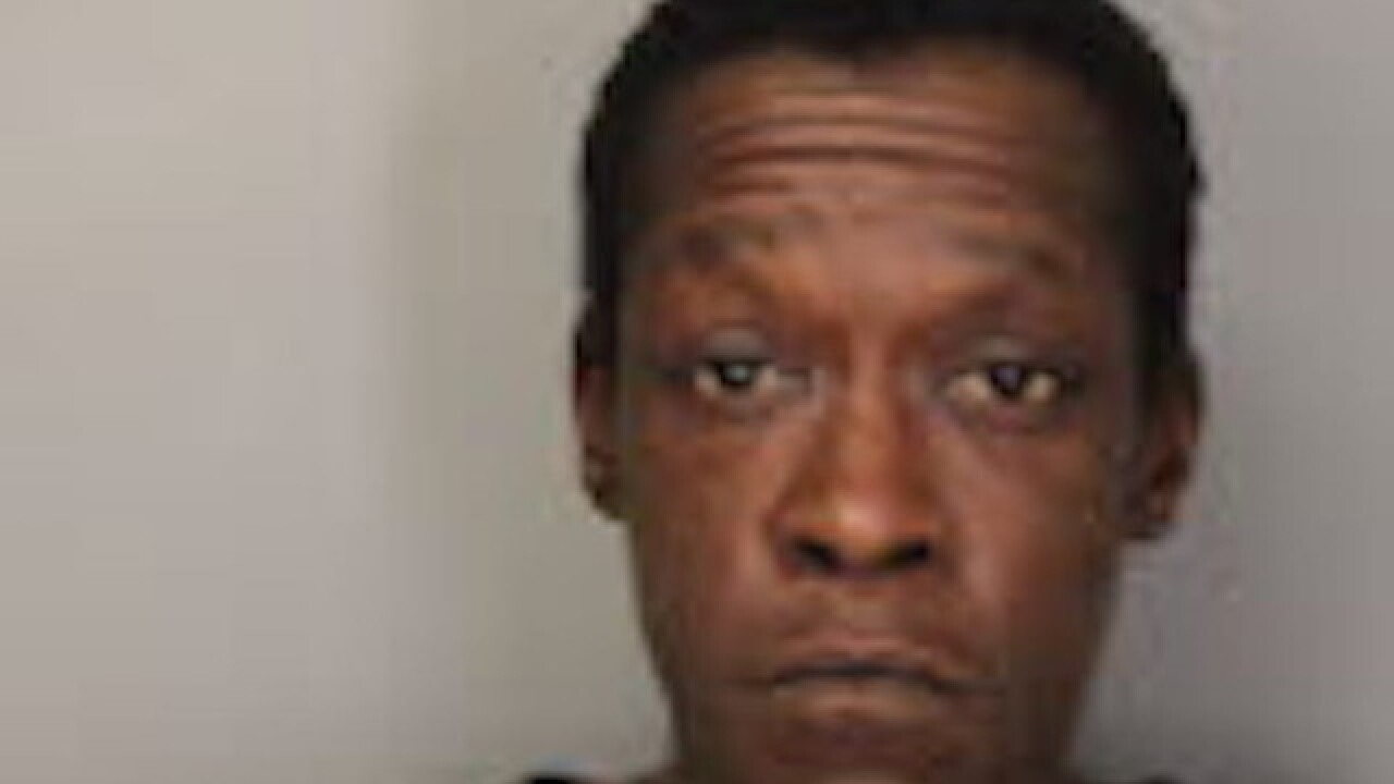 Tennessee woman catches burglars having sex in her home