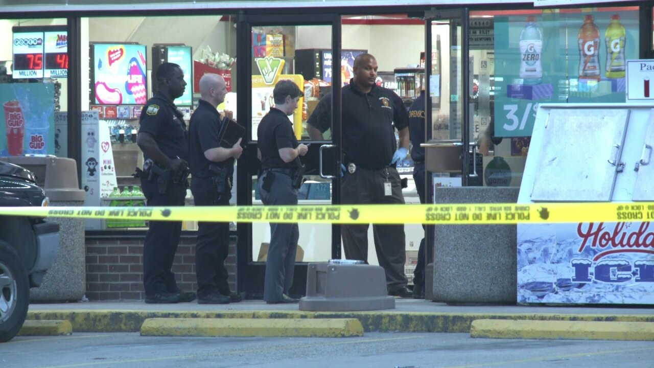 Police: Customer kills would-be 7-Elevenrobber