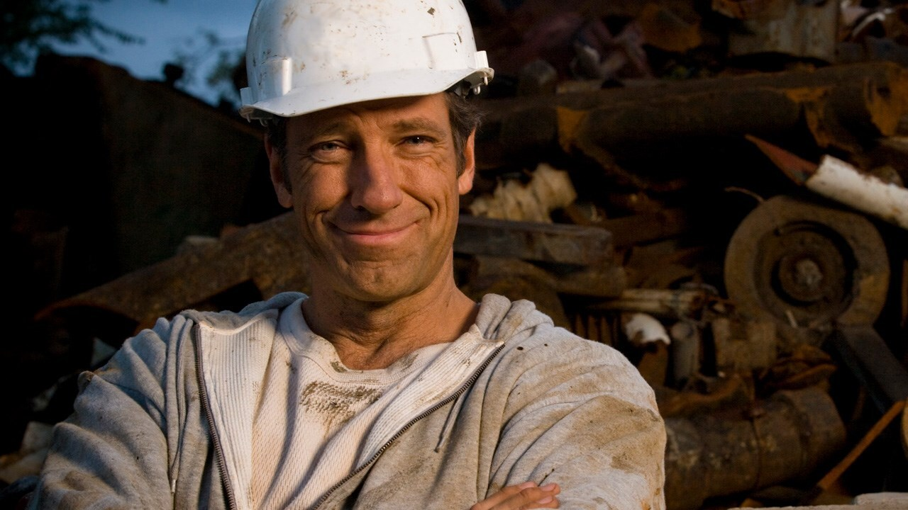 Mike Rowe of 'Dirty Jobs' weighs in on girls in the Boy Scouts