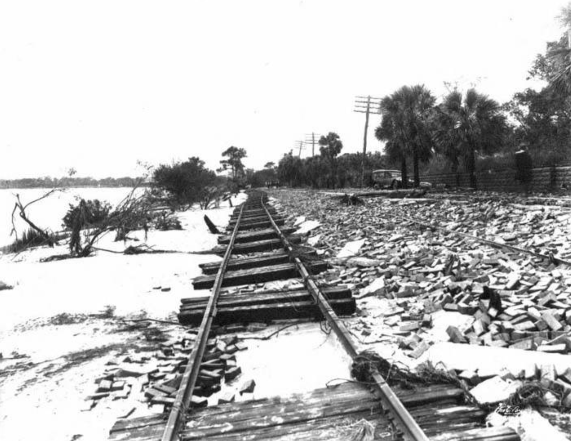 Damage to streetcar tracks on Bayshore Boulevard after hurricane.png