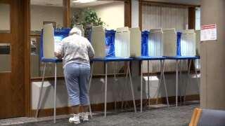 Audiencia sobre posibles colegio electorales en condado Nueces