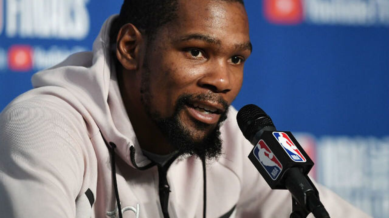 Kevin Durant was heckled at Cleveland hotel after Game 3