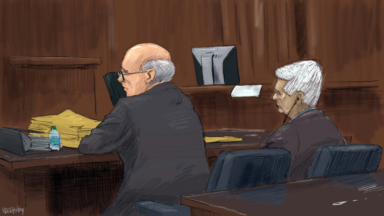 wcpo_20190402_pill_mill_trial_sakkal_and_lawer.jpg