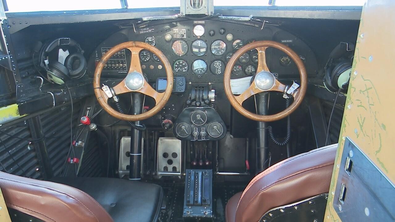 2019-01-17 Ford Trimotor-cockpit.jpg